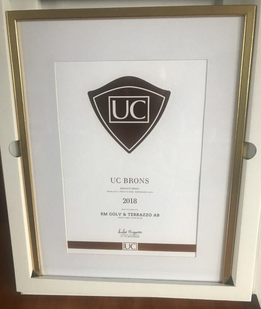 RM terrazzo är ett tryggt företag att arbeta med och tillhör vi sedan 2018 riskklass 3 och har ett UC brons
