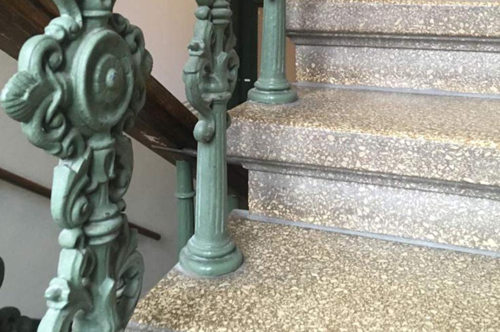Terrazzo är krossad marmor som man blandar med cement och vatten